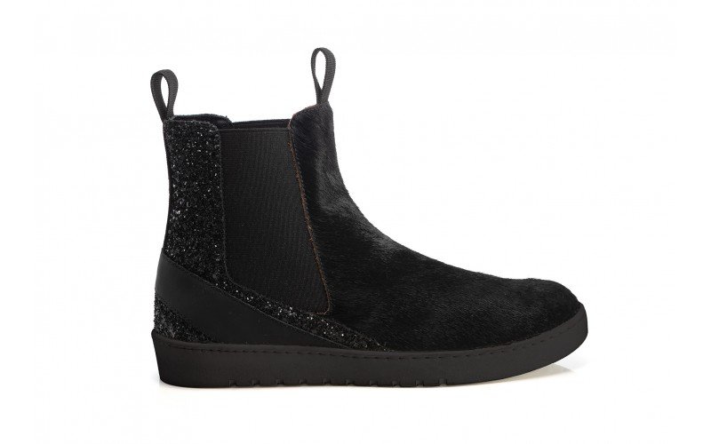ALPHA Boot Horsy Black